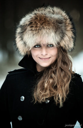 69a10dee9930f Womens Red Fox Fur Trapper Hat with Pom Poms ...