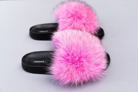 Ladies Fox Fur Slides in Electric Pink Fashion Sandals