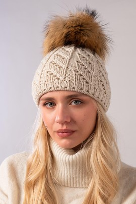Ladies Winter Beanie Hat with Raccoon Fur pompom