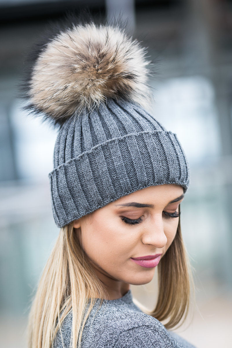 c5dcde5fab2e Ladies Ribbed Winter Alpaca Hat with Genuine Raccoon pompom ...