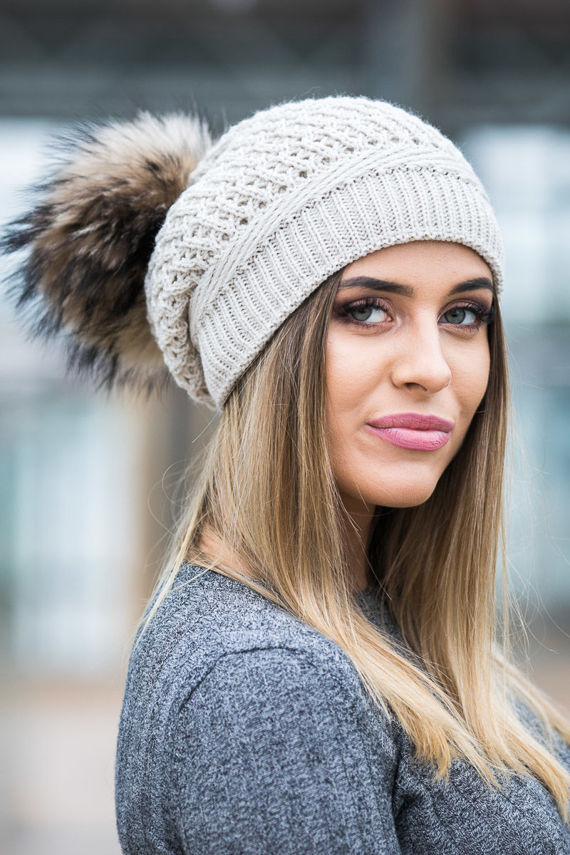 WOOL BERET WITH GENUINE RACCOON FUR POM POM
