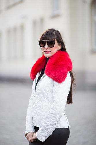Small Detachable Silver Fox Fur Collar dyed in red.