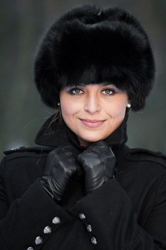 Womens Fur Trapper Hat in Black