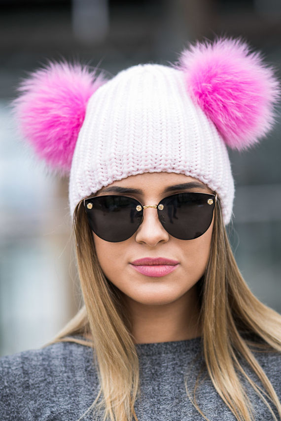 Woollen Ribbed Cap with Genuine Fox Fur Pom-Pom in Light Pink